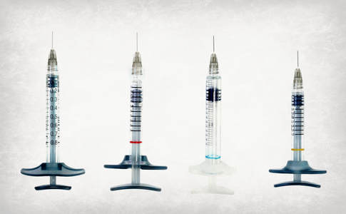 Cosmetic filler syringes